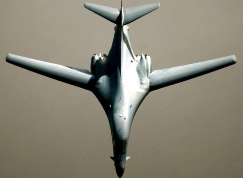 'Touch and Go': This Video Proves The B-1B Bomber Can Do Anything
