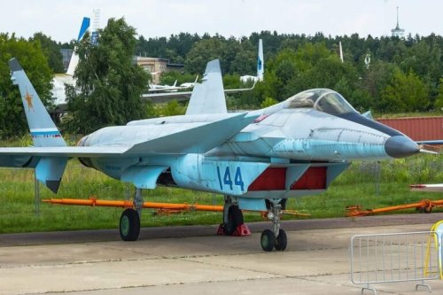 MiG 1.44: The Russian Stealth Fighter Putin Hopes You Forget About