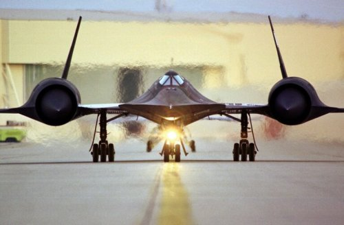 An Insane 4,000 Missiles Were Fired At the SR-71 Spy Plane. They All Missed