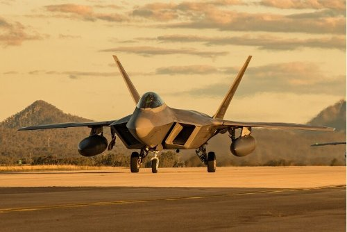 How China Got Its Hands on Secret F-22 and F-35 Fighter Technology