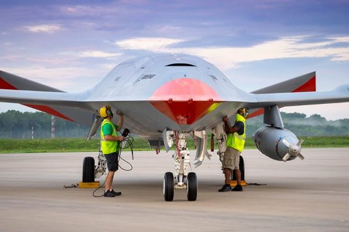 MQ-25A Stingray: Is This the Navy's Future Stealth 'Everything' Drone?