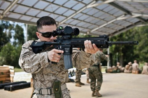 Why the U.S. Marines Love the M27 Infantry Automatic Rifle