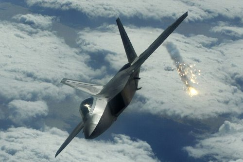 Stealth Fighter Showdown: U.S. F-22s and F-35s vs. Russia and China's Best (Who Wins?)