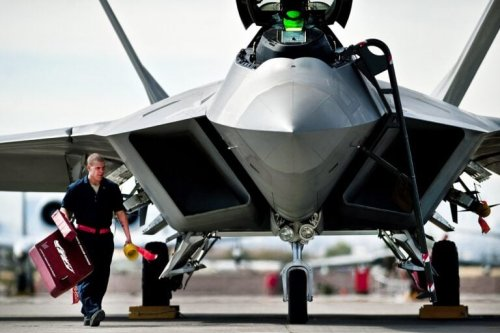 Advanced Stealth: How An F-22 Raptor Flew Under An Iranian Fighter