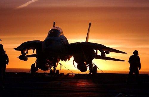 Why A U.S. Navy F-14 'Top Gun' Tomcat Intercepted a Supersonic Concorde Jet