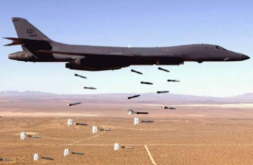 B-1B Lancer: Former Nuclear Bomber Now A Hypersonic Missile 'Truck'?