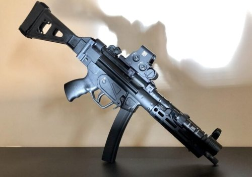 Heckler & Koch MP5: The Submachine Gun That Can Do Everything?