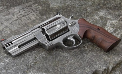 The Smith & Wesson Model 500 Might Be the Most Powerful Gun Ever