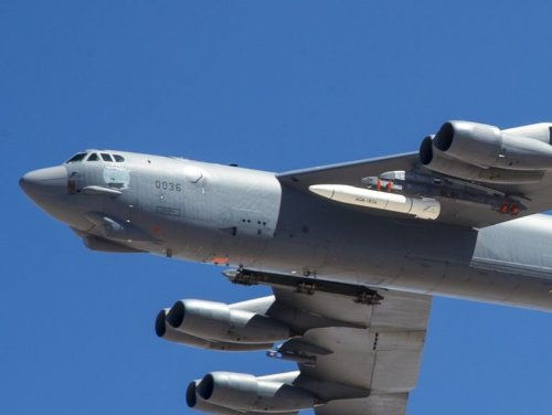 Top U.S. Nuclear Commander Will Push to Put Bombers Back on Alert if U.S. Dumps ICBMs