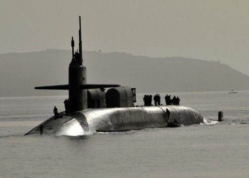 China Freaked Out: The Navy Surfaced 3 Missile Submarines Simultaneously