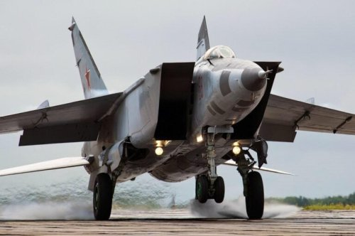 Russia's MiG-25 Foxbat Was a Mach 3.2 Monster Mistake