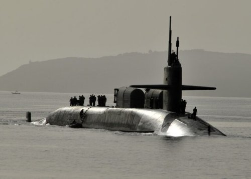 China Freaked: The US Navy Surfaced Three Missile Submarines as a Warning