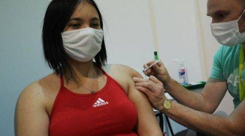 Coronavirus : « Toute personne non vaccinée sera contaminée par le variant Delta », selon un directeur de l'ARS