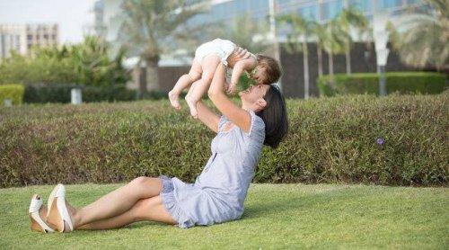Famille : Un congé parental « Trop court » et « peu attractif » en France par rapport aux autres pays riches, selon l'Unicef