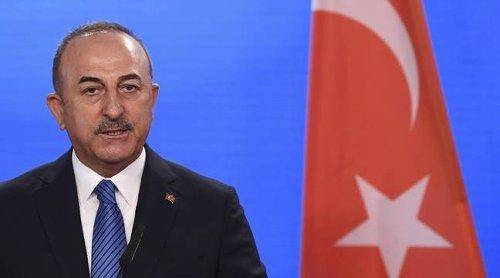 France – Turquie : En visite à Paris, le chef de la diplomatie turque joue la carte de l'apaisement