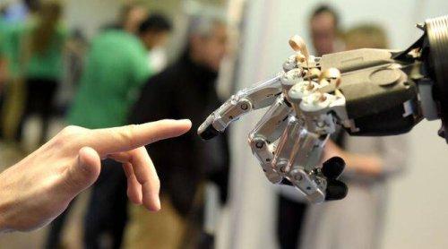 Un récent sondage montre que 48 % des hommes se disent prêts à avoir des relations sexuelles avec un robot
