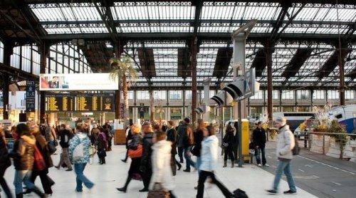 #MonAnecdoteTGVInoui… Les internautes se moquent de la SNCF en racontant leurs pires expériences