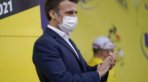 Pass sanitaire : « Une dictature, ça n'est pas ça », se défend Emmanuel Macron face aux critiques