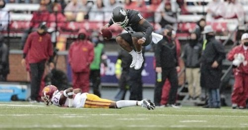 De Laura injured, wheels fall off in second half as WSU loses 45-14 to USC