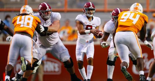 Projecting college football's preseason AP Top 25 rankings