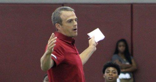 Gamecocks inching up team recruiting rankings