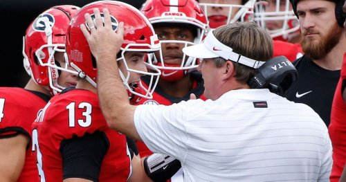Georgia football mailbag podcast: Stetson Bennett and JT Daniels, Dawgs defense smothering