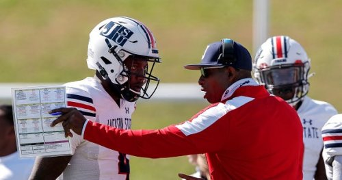 Deion Sanders challenges players in recruiting pitch for Jackson State