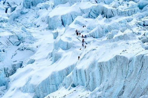 """China will wegen Corona-Pandemie """"Trennungslinie"""" auf Mount Everest einrichten"""