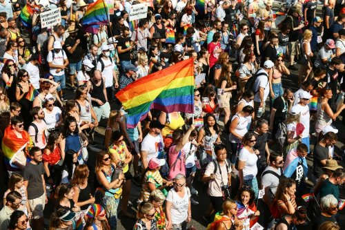 Rekord-Teilnehmerzahl bei Pride-Parade in Budapest