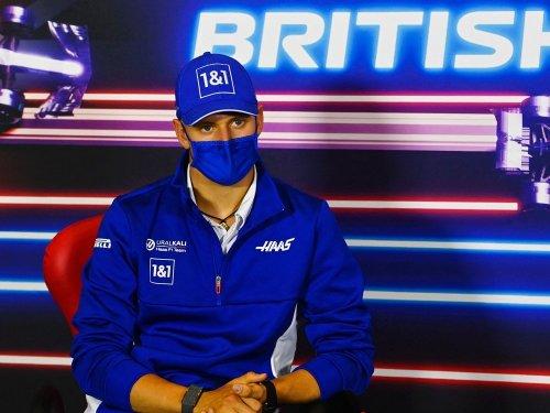 Wechsel-Gerüchte : Schumacher lässt Zukunft offen
