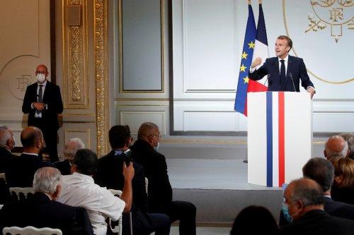 Frankreichs Präsident bittet um Verzeihung für Unrecht an algerischen Harkis
