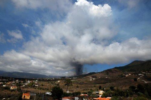 Erstmals seit 50 Jahren Vulkan Cumbre Vieja auf La Palma ausgebrochen