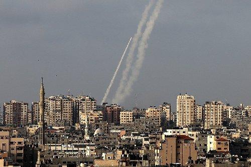 Hamas feuert nach Zusammenstößen in Ost-Jerusalem Raketen auf Israel ab