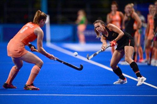 Erste Niederlage : Deutsche Hockey-Frauen unterliegen den Niederlanden
