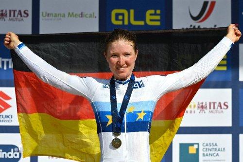 Rad-WM : Juniorin Riedmann holt Bronze im Straßenrennen