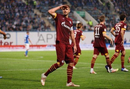 Terodde mit Doppelpack : Schalke siegt in Rostock