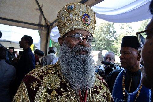 """Jefe de la Iglesia ortodoxa etíope acusa al gobierno de querer """"destruir"""" región de Tigré"""