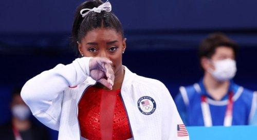 Gymnastique : Biles explique son retrait par des « démons dans sa tête » et pourrait se retirer des Jeux