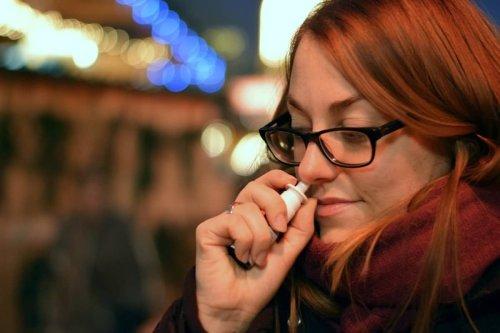 Covid 19 : Des chercheurs de Tours développent un vaccin sous forme de spray nasal