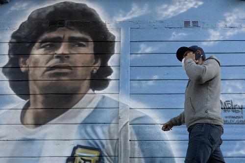 Le médecin personnel et confident de Maradona interrogé dans l'enquête sur sa mort