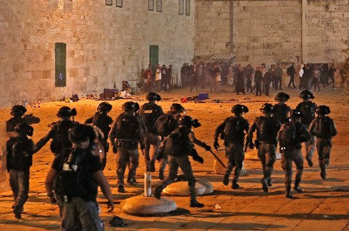 New protests called after Jerusalem clashes wound over 200