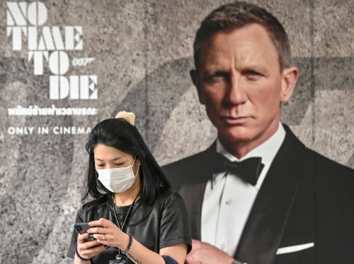 No time to wait : world premiere for new Bond movie