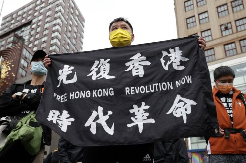 Biden offers safe haven to Hong Kongers in US