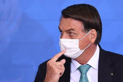Bolsonaro lashes out at Brazilian press