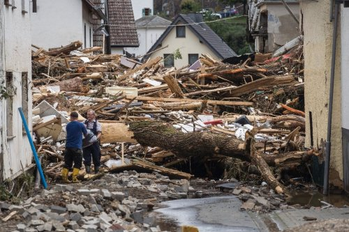 Europe picks through rubble from deluge as death toll soars