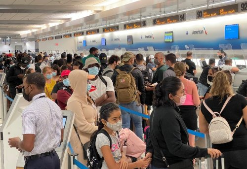 US to end travel bans for vaccinated passengers