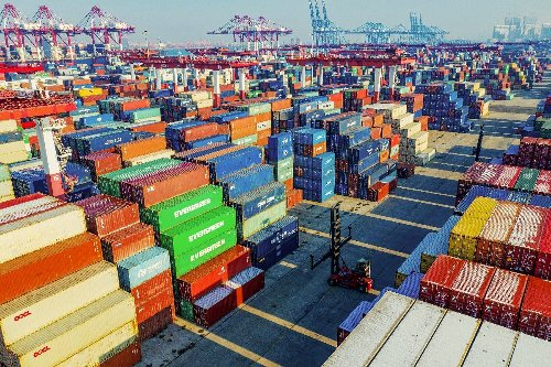 Top China, US trade officials hold 'candid' first talks