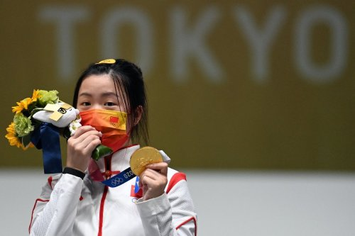 Chinese shooter Yang wins first medal of Tokyo Olympics