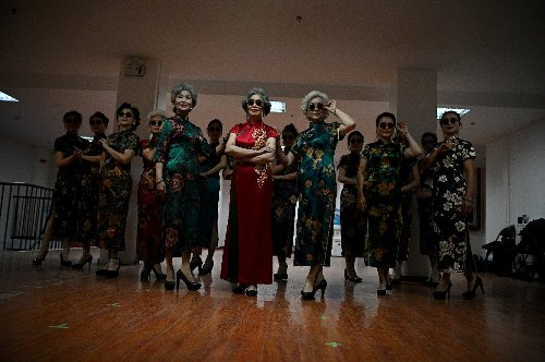 Meet China's elderly influencers cashing in on the internet