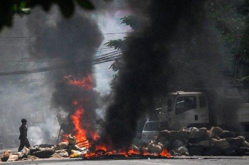 Myanmar coup : six months of turmoil